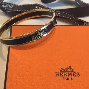 Hermes Thin Navy Caleche Enamel Bangle Bracelet